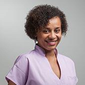 Yaya Delaporte Gassar, Assistante dentaire qualifiée